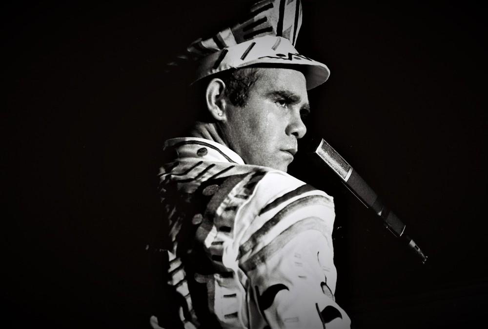 Elton2